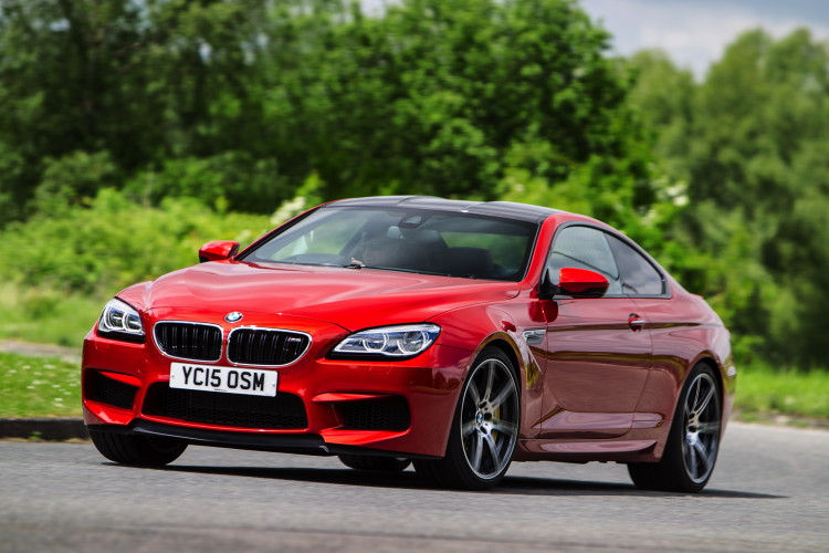 2015-bmw-6-series-facelift-1900x1200-wallpapers-43-750x500