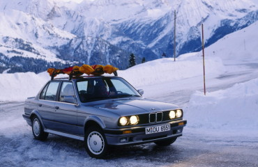 30-years-BMW-xDrive-68-750x616