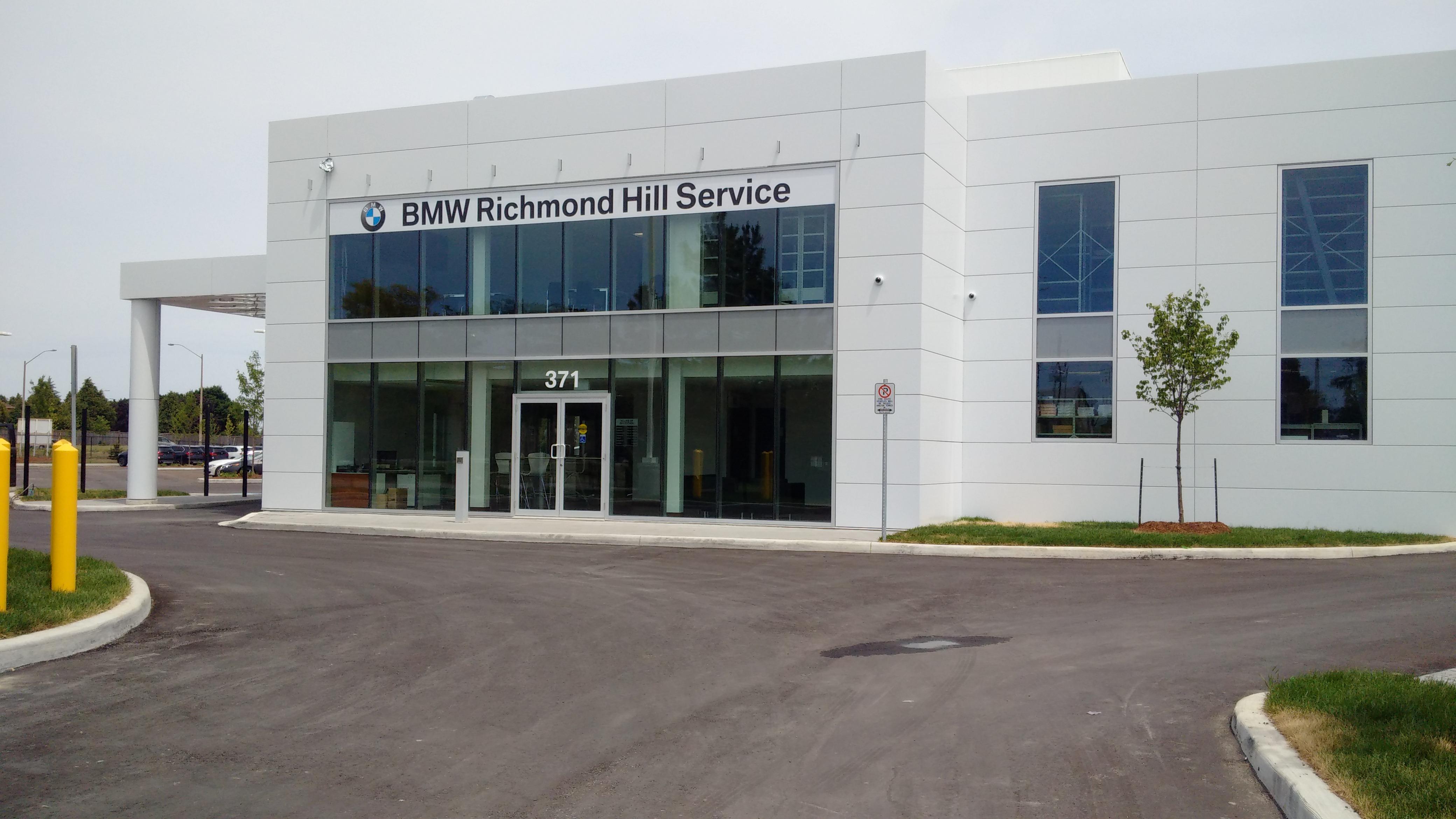 bmw richmond hill service bmw autohaus. Black Bedroom Furniture Sets. Home Design Ideas